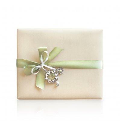 Precious Heart - ambalaj cadou cu semn de carte