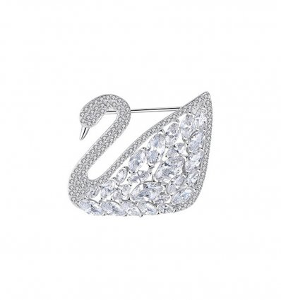 Brosa Delicate Swan cu cristale cubic zrconia
