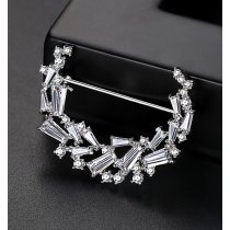 Brosa Moon Light cu cristale cubic zirconia