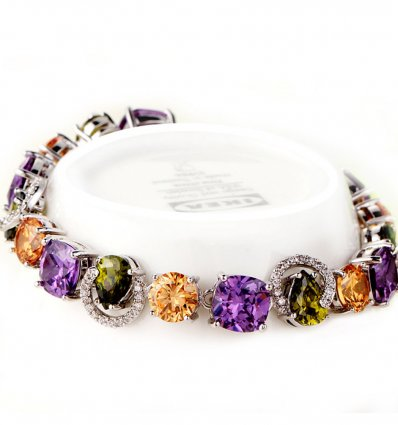 Bratara placata cu aur si cristale cubic zirconia multicolore