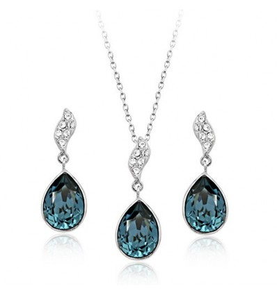 Magic night -  Set de colier si cercei decorat cu cristale