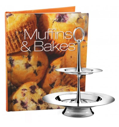 Un Cadou dulce: platoul argintat pentru fursecuri si cartea cu retete irezistibile de briose si tarte