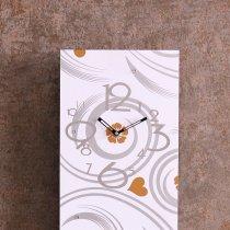 Ceas de perete decorat cu cristale