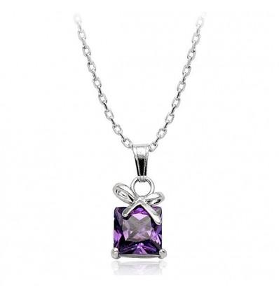 Luxury Gifts: colier cu cristale Swarovski violet