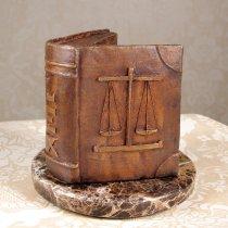 LEX - cadou pentru avocat - figurina carte din bronz pe suport din marmura