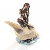 """Statueta din bronz pe fantana cu abur -""""Scoica"""""""