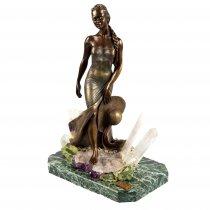 Statueta din bronz pe suport din marmura si ametist natural