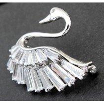 """Brosa cu cristale austriece """"Lady Swan"""""""